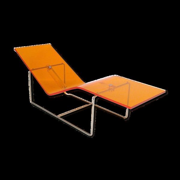 Selency Chaise longue de Jean Marie Massaud en plexiglas orange