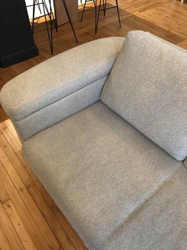 Sofa theca, model linari