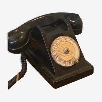 Téléphone à cadran en bakélite noire vintage 1964 p et t