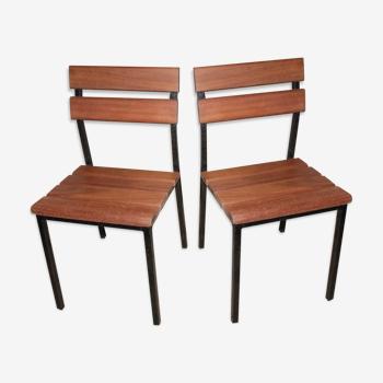 Lot de deux chaises en métal