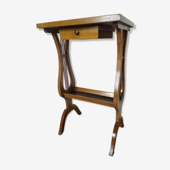 Table vide poche modèle lyre