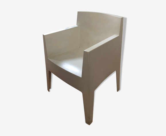 Fauteuil toy blanc de Philippe Stack