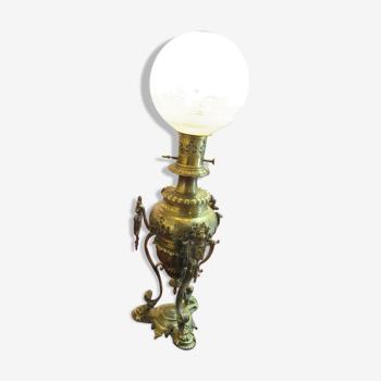 Lampe a pétrole en bronze et verre gravé fin 19ème