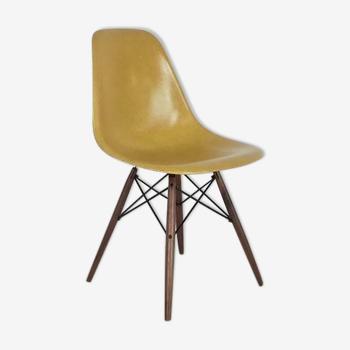Chaise DSW par Charles et Ray Eames pour Herman Miller 50/60