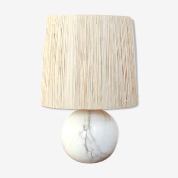 Lampe boule en marbre, abat jour en raphia, années 60