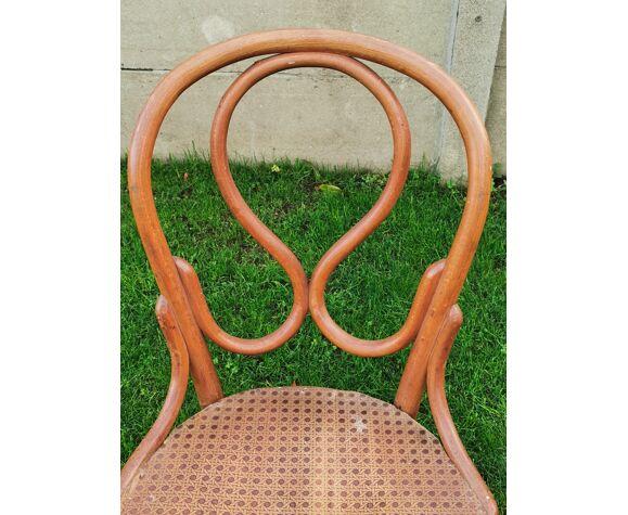 Chaise Thonet ancienne, étiquette et signé, bois courbé