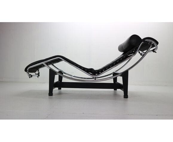 Le Corbusier LC4 Black on Black Chaise Lounge Chair par Cassina, 1970