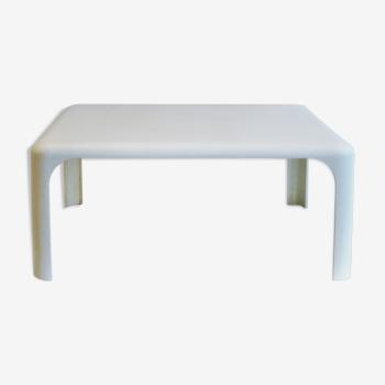 Table basse Demetrio par Vico Magistretti Artemide