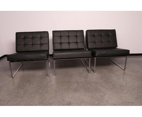 Ensemble de 3 chauffeuses en cuir noir - modèle 024 - par Kho Liang Ie pour Artifort - Pays-Bas