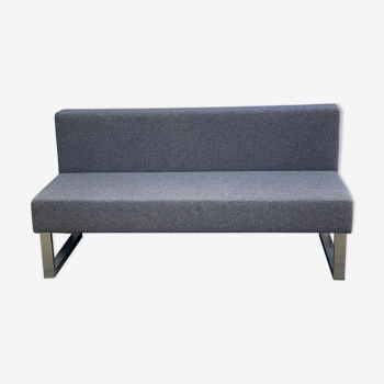 Contemporary 3-seat bench