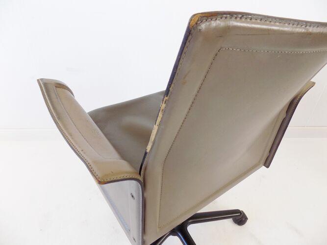 Fauteuil de bureau en cuir Matteo Grassi Korium par Tito Agnoli