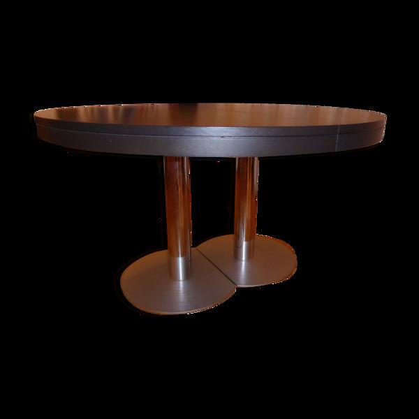 Table craft Ligne Roset plateau chêne brun et pied chromé