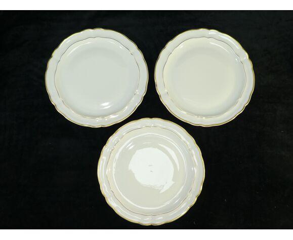 Set de 12 assiettes plates en porcelaine de Limoges bernardaud modele louis xv