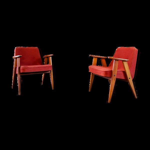 Paire de fauteuils 366 de Józef Chierowski 1960