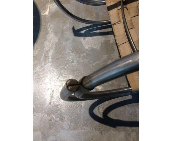 Paire de fauteuils MR20 de Mies van der Rohe