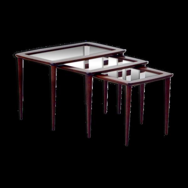 Selency Tables gigognes Ico Parisi  avec plateaux de verre et acajou du milieu du siècle en Italie, vers 1950