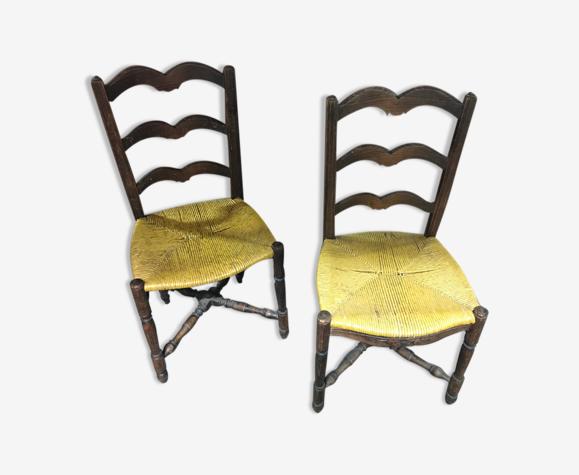 Paire de chaises rustiques