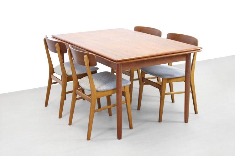 Table à manger extensible danoise en teck, 1960