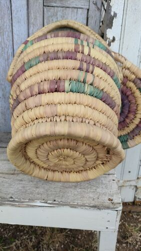 Panier en fibres végétales