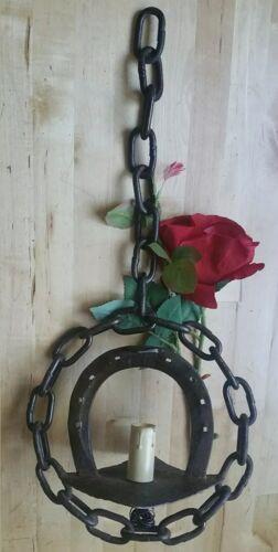 Suspension fer forgé chaînes cheval luck