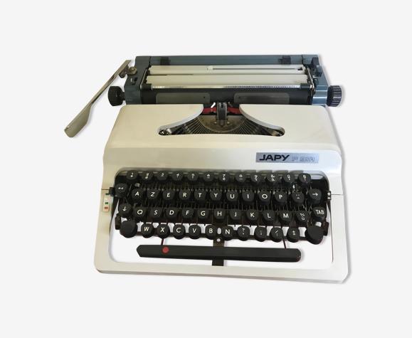 Machine à écrire Japy 951 vintage