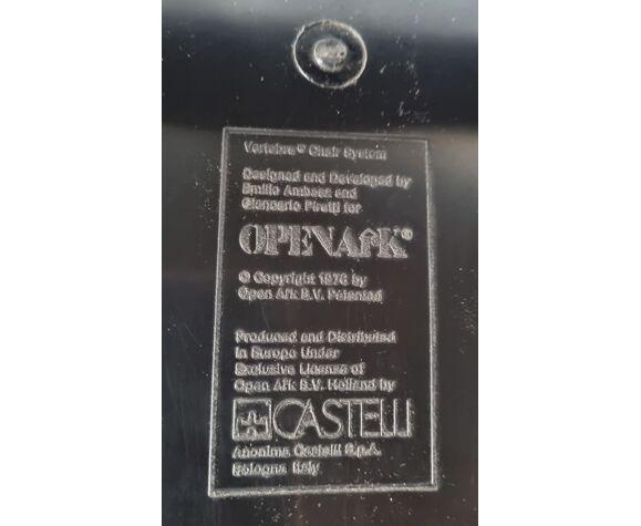 Chaise design de Piretti pour Castelli années 70 /80
