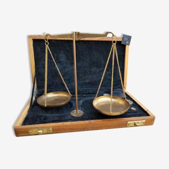 Trébuchet d'équilibre