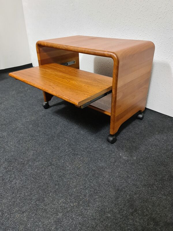 Tables d'appoint par Hornbaer Mobilfabrik