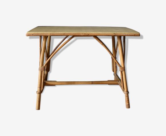 Table en rotin d'appoint