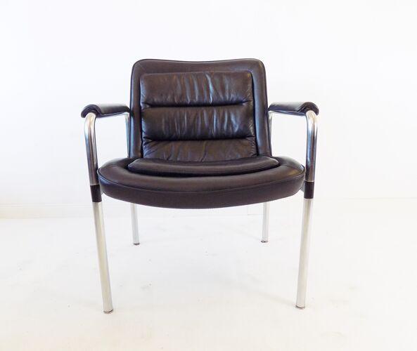 2 fauteuils en cuir série 8400 par Jorgen Kastholm, Kusch + Co