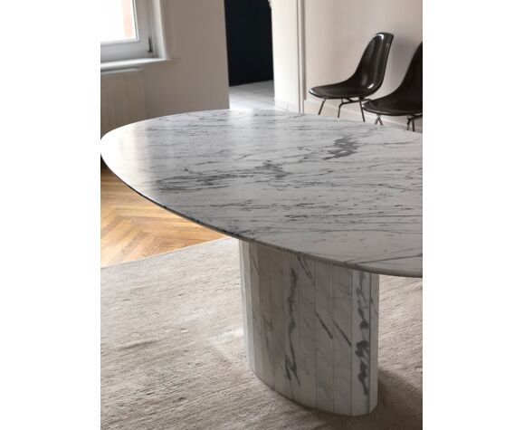 Table marble arabescato Italy vintage