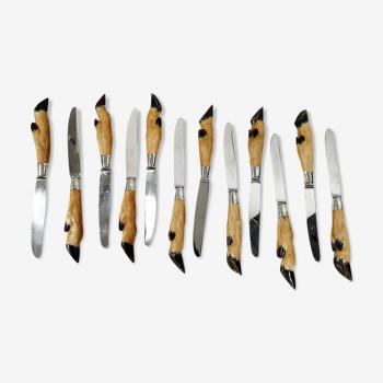 Service de chasse de 12 pièces Maison Calmels laguiole.les manches à pattes de chevreuil