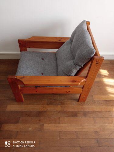 Paire de fauteuils en pin 1980