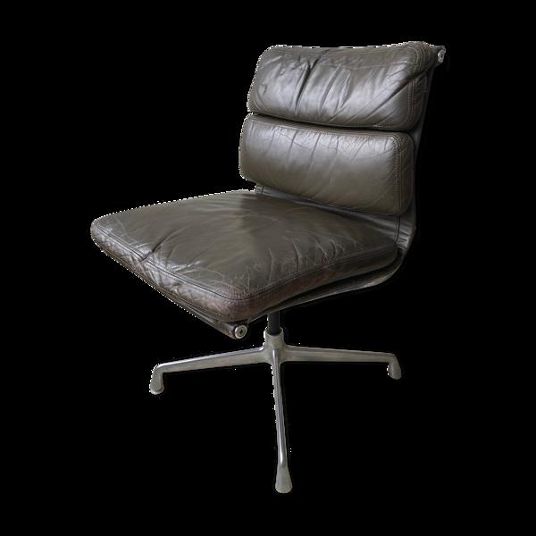 Fauteuil de bureau Eames Soft Pad 1970 cuir gris