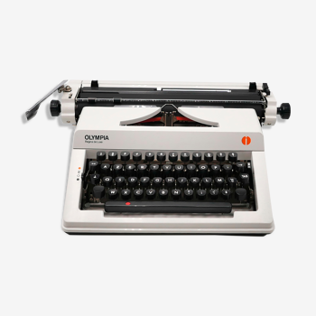 Olympia Regina typewriter of Luxury white revised ribbon new 1980