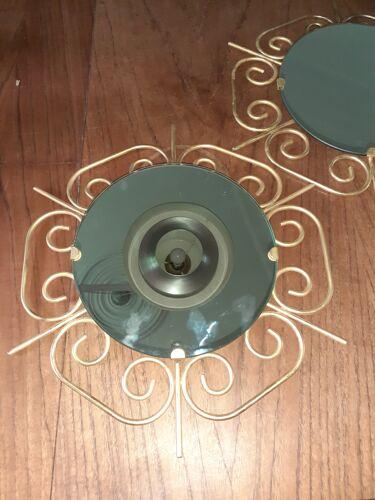 Paire de miroirs en métal doré années 60