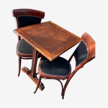 Table bistrot et ses chaises Thonet