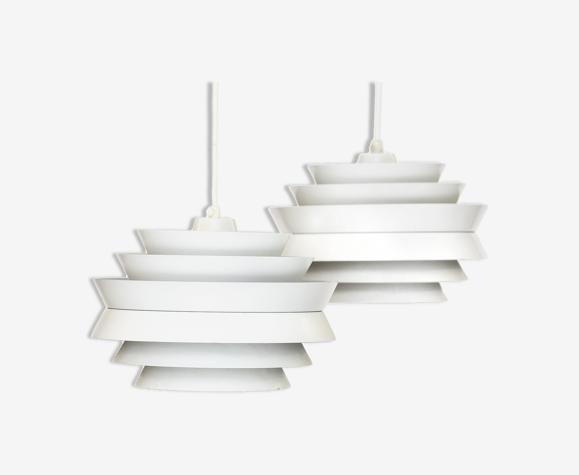 Paire de suspension «Trava» en aluminium blanc par Carl Thore ed. Granhaga Metallindustri