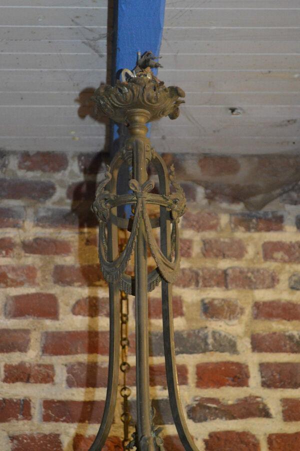 Lustre en bronze style louis XVI