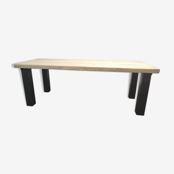 Table industrielle bois métal design plateau chêne