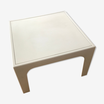 Petite table basse plastique vintage