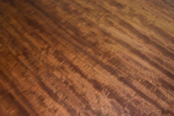 Table de conférence 1940 ovale pieds gaine sabots laiton