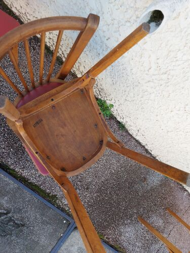 Lot de 5 chaises baumann en hêtre et simili cuir rouge 1950