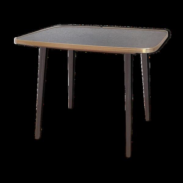 Table basse style vintage scandinave