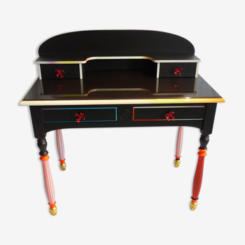Bureau coloré à tiroirs