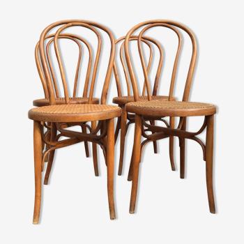 Série de 4 chaises bistrot brevetées sgdg