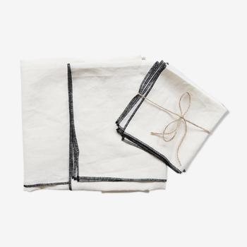 Nappe et serviettes blanches en lin upcyclé