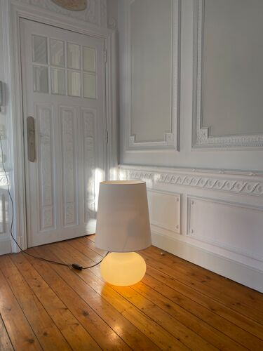 Lampe blanche vintage
