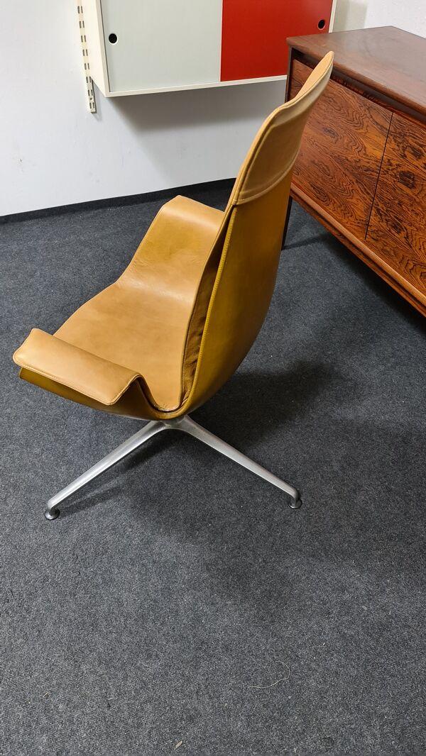 Fauteuil Walter Knoll cuir FK6725 conçu par Fabricus et Kastholm