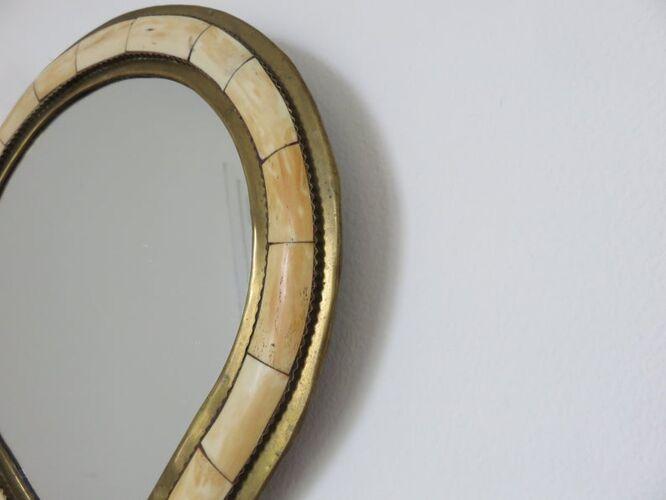 Miroir marocain, ethnique en laiton et incrustations années 70